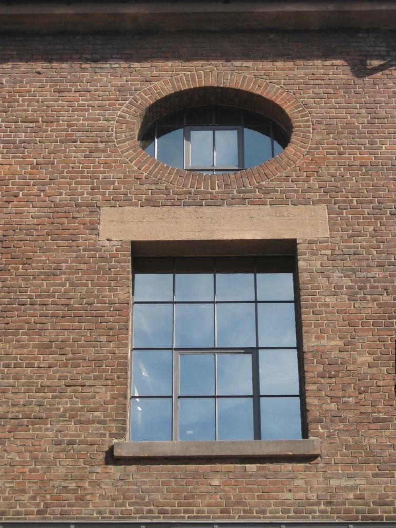 Stahlfenster mit Sprossen, Loftfenster