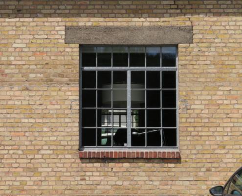 Stahlfenster wärmegedämmt, schmale Ansichtsbreiten, Industriedesign, Öffnungsflügel stulp
